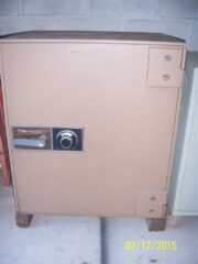 "TL15,TL-15, tl15, Burgulary safe, 1"" plate steal, inner compartments, drop slot, Diebold Cashguard"