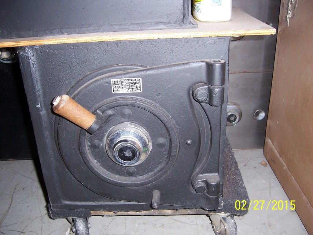 Diebold Lug door safe  This is an awesome money chest! - Suncoast