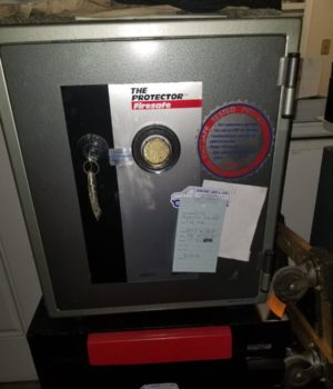 fire safe, fire box, records container, mechanical lock